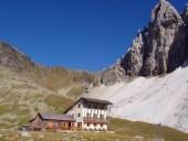 Tribulaunhütte (Rif. Calciati al Tribulaun)