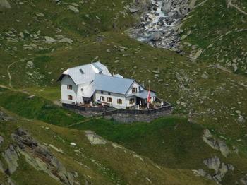 Lodnerhütte (Rif. Cima Fiammante)